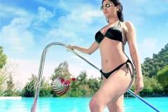 akanksha-puri-hot-bikini