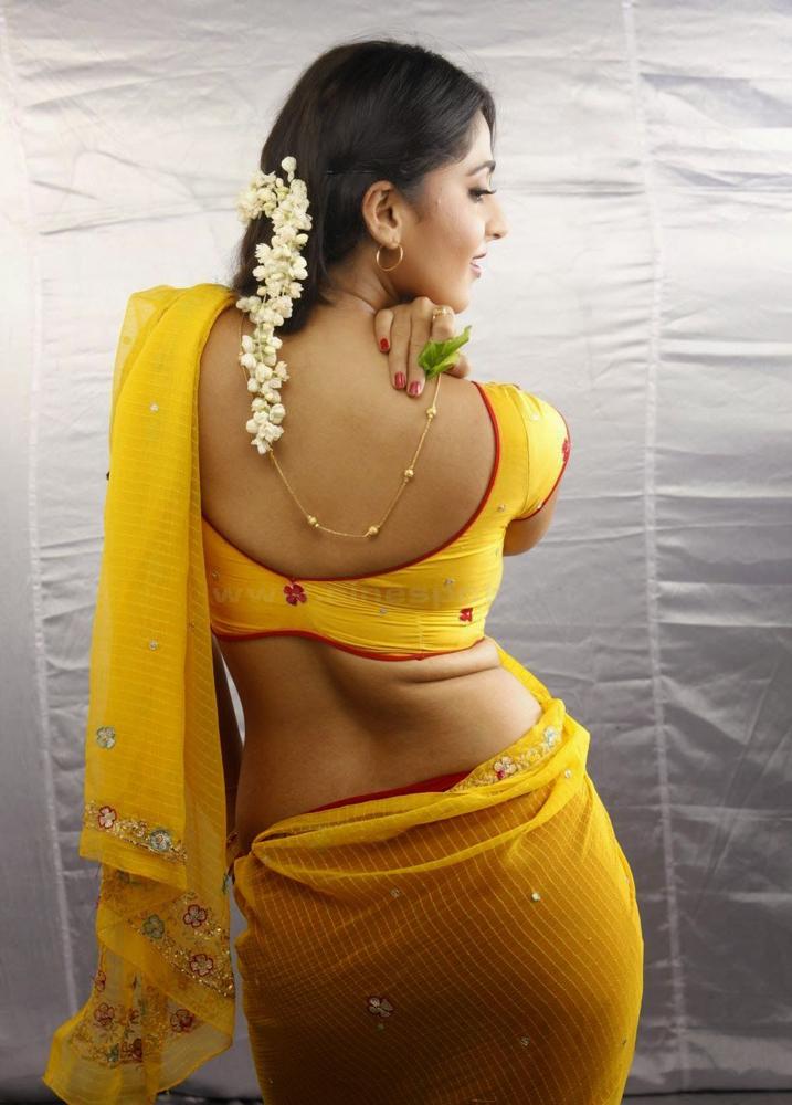 anushka-shetty-hot-pic3