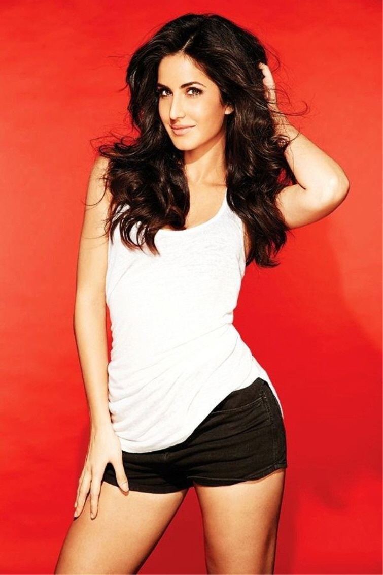 katrina-in-shorts