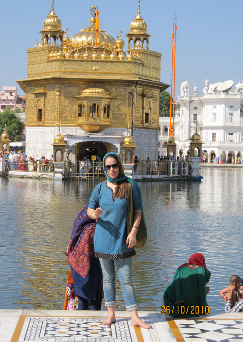 Florencia Costa at the Golden Temple.
