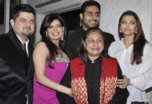 Jaya Bachchan seen with Aishwarya and Abhishek.