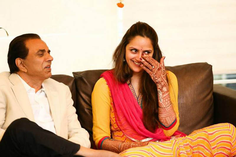 Ahana Deol with dad Dharmendra