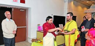 Sringeri Toronto priests