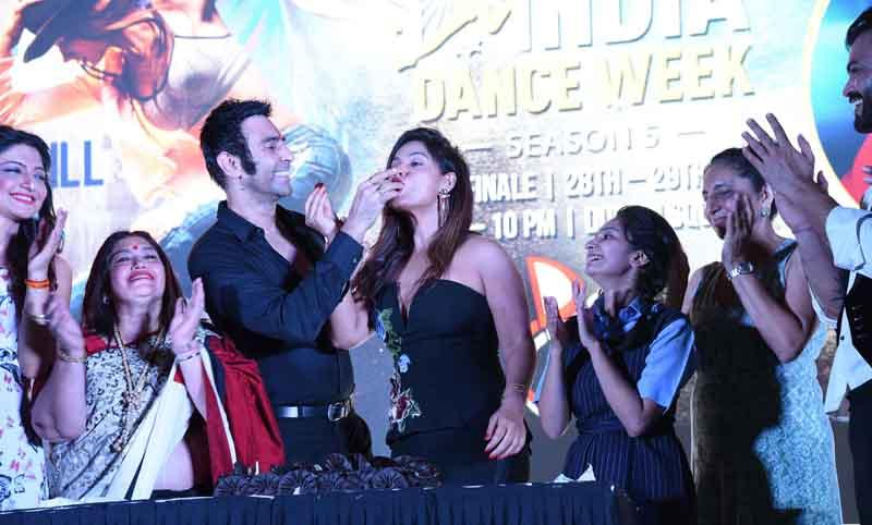neetu chandra at India dance week