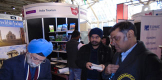 Navtej Sarna at the Toronto International Book Fair.