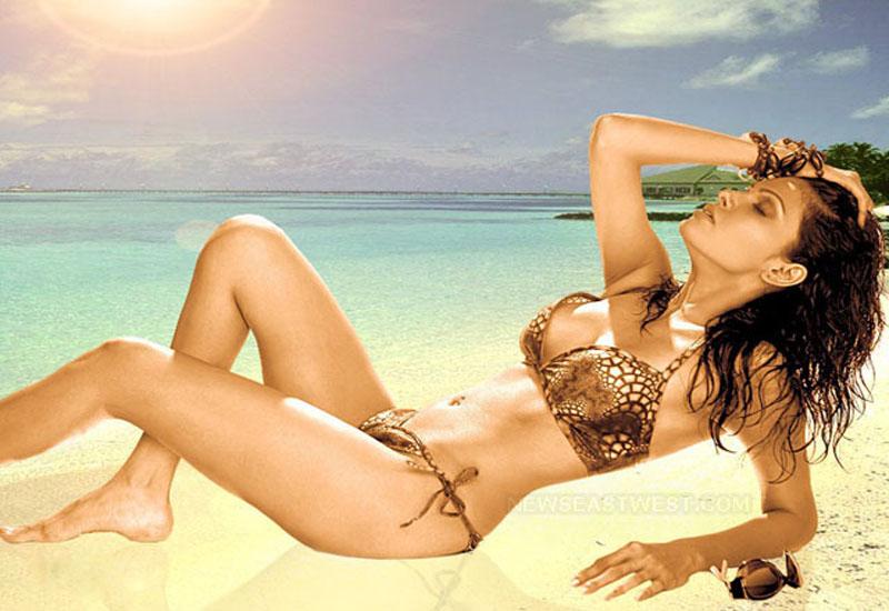 sherlyn chopra bikini